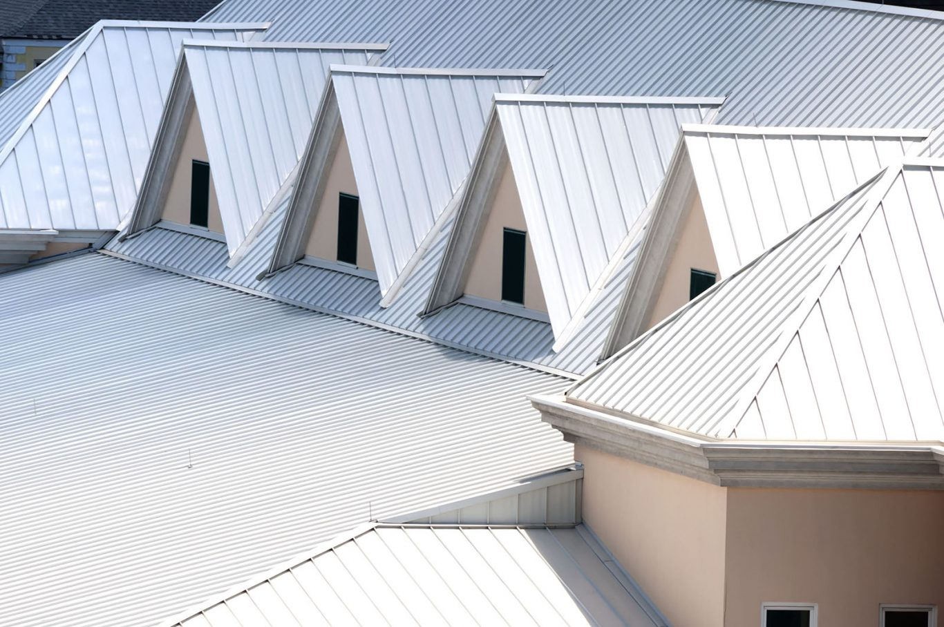 4 Good Reasons to Have a Roofing Contractor Roof Your Home in the Winter